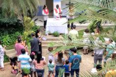 Comunidade Cristã do Colégio Ibituruna celebra o Domingo de Ramos