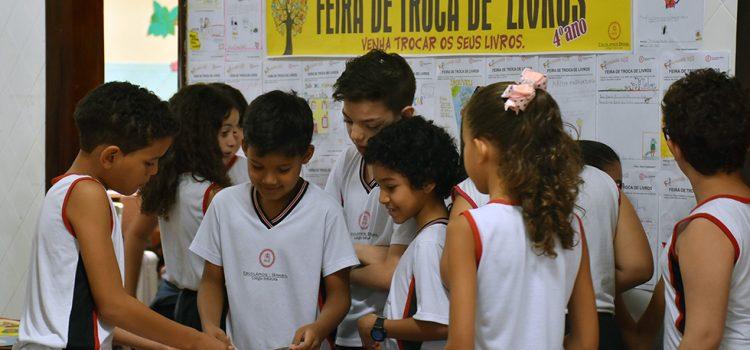 4º ano: Feira de Livros trabalha conceitos de Sustentabilidade e Consumo Consciente entre os alunos
